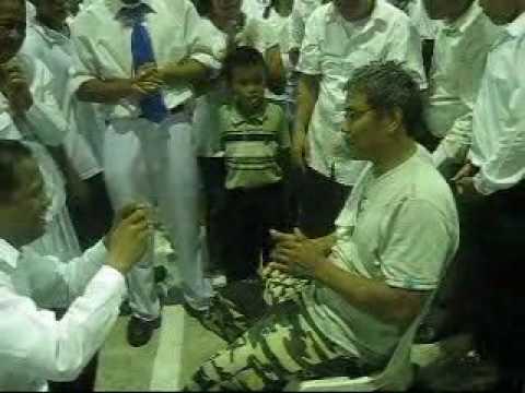Jmcim Meycauayan Crusade (april 2, 2010) ~ Crippled Man Healed!!! video