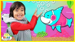 Baby Shark | Kids Song and Nursery Rhymes Sing and Dance | Animal Songs with Ryan ToysReview