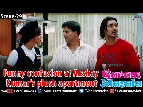 Funny confusion at Akshay Kumar's plush apartment (Garam Masala) thumbnail