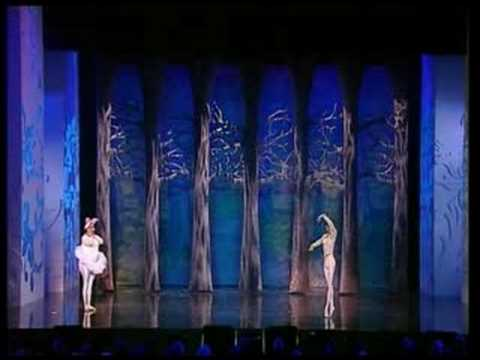 Funny Girls - Royal Variety Performance 2005 video