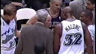 Karl Malone 34 points & confrontation w/Byron Scott vs Nets - 11/21/01 (Highlights)