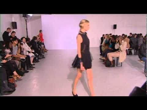 Korean Fashion: MOONYOUNGHEE 2011 S/S PARIS COLLECTION
