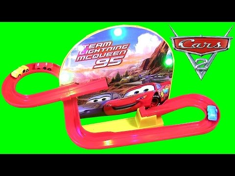 Flying Cars Team Lightning McQueen Race Track Speedway Ultimate Playset Disney Pixar Cars2