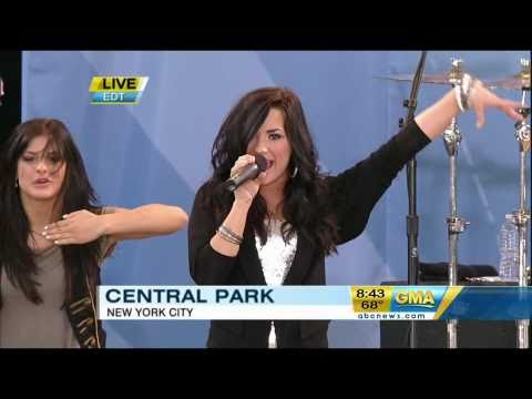 Demi Lovato - Can't Back Down (live)