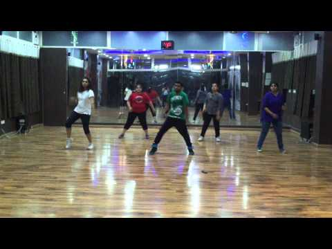 Thug Le Routine- revolution Of Dance video