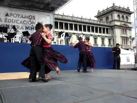 NIÑOS AMIGOS DE LA MARIMBA, BAILANDO CON ORGULLO DE SER GUATEMALTECOS Music Videos