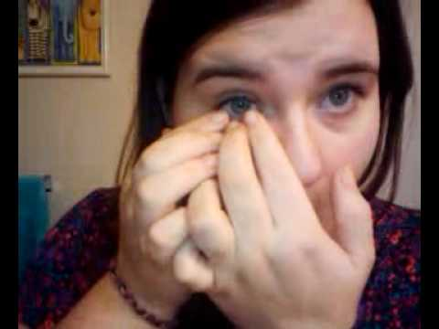 Removing my prosthetic eye