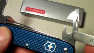 "Victorinox Farmer:  ""Acres of Cool"" by Nutnfancy"