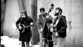 Watch Avett Brothers The Perfect Space video