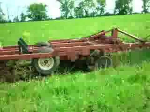 Massey Ferguson 1805 plowing. Massey Ferguson 1805 plowing