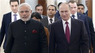 Putin welcome Modi to Kremlin