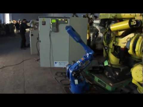 Robot usato in Fase di revisione Motoman SK6- Used robots