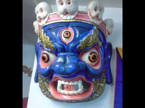 BHOUTAN - Masques sacrs - Sacred Masks from Bhutan