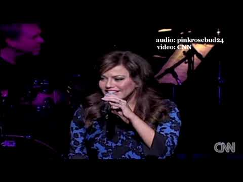 Robin Meade in David Foster & Friends Tour in Atlanta (HQ audio)