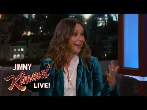 Jennifer Love Hewitt on Playing a 911 Operator