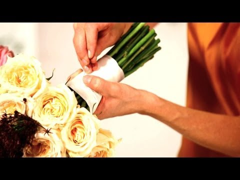 How to Tie Ribbon onto a Floral Bouquet   Wedding Flowers