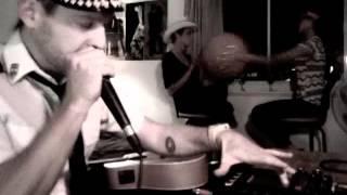 Dom Hamel vs Matricule 728 Beatbox avec Gervais Sisters
