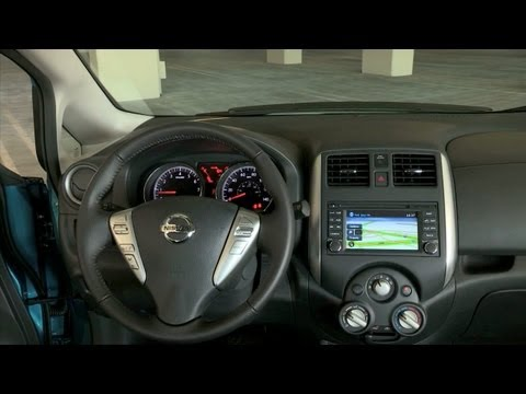Nissan Versa Note 2014 Interior