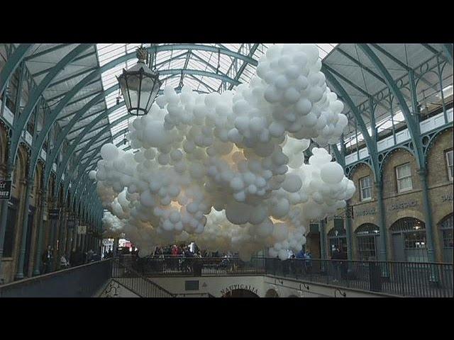 Pétillon enchante Covent Garden avec ses milliers de ballons - le mag