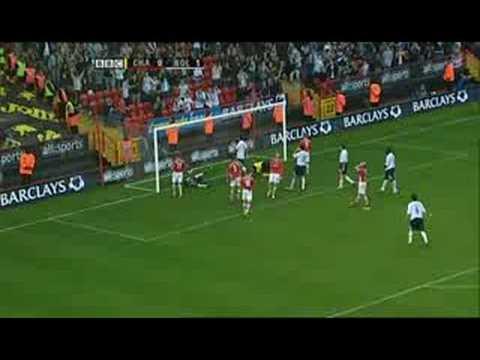 Jussi Jaaskelainen save Charlton-Bolton 2005