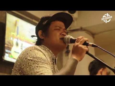 Download Adith - Senandung Biru Live @NAKEDWAVE Mp4 baru