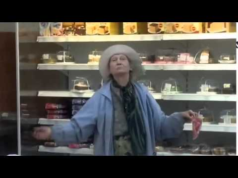 Бабка жжот  Магазин     Живем с ПРИКОЛОМ