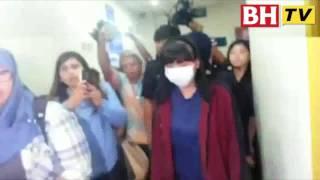 Pemandu wanita mengaku tak bersalah