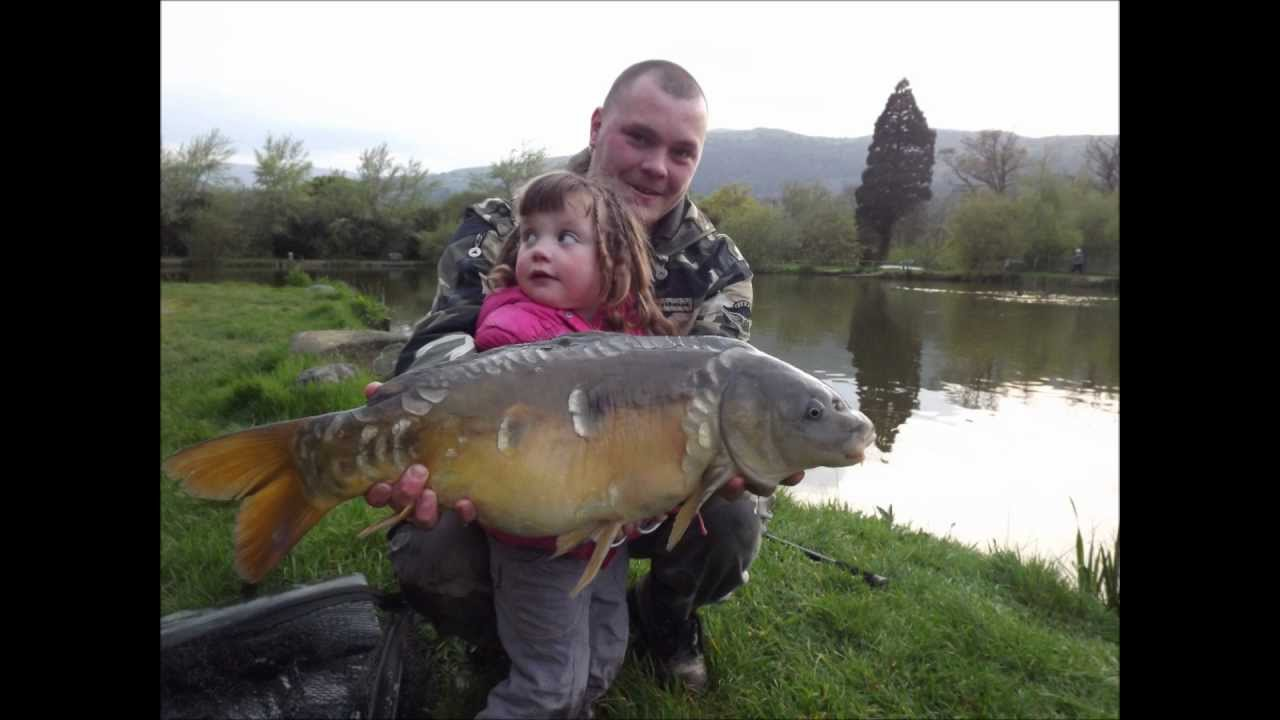 Carp fishing off the surface with floating bread youtube for Fishing with bread