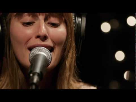 Lemolo - Knives (Live on KEXP)