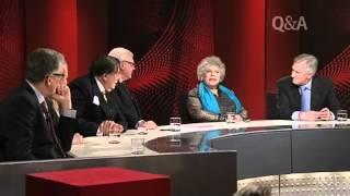 Barry Humphries on Bentleigh, Julia Gillard and Bob Carr