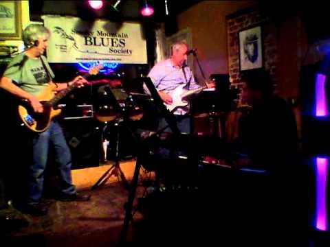 Buzzy Feiten - Hey Dinwiddie (Northshore cover).MOV