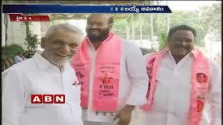 CM KCR meets TRS candidates in Pragathi Bhavan