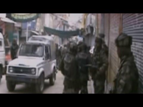Terrorists Open Fire At Police Patrol In Kashmir | 2 Policemen Injured