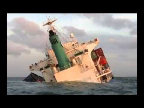 Vietnam and China ships 'collide in South China Sea'   BREAKING NEWS   07 MAY 2014 HQ