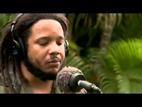 Redemption Song - Playing For Change - Legendado Music Videos