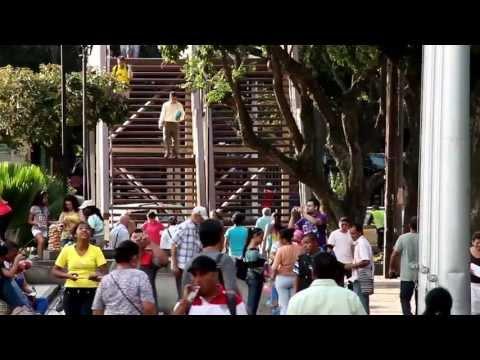 Sonando el Tambor (Video Oficial) - Clandeskina Orquesta