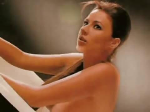 Carla Giraldo en PLAYBOY desnuda
