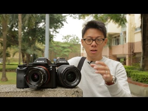Sony A7 vs. A7R Hands-on Review