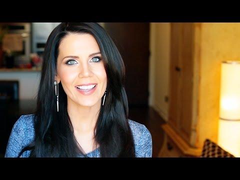 Boobs & Makeup --- Huh What? video
