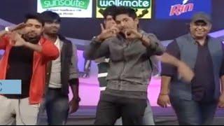 thaman-allu-arjun-dancing-on-stagememu-saitam-event-livememu-saitham-for-vizag
