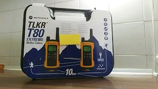 Motorola TLKR T80 Walkie-Talkies