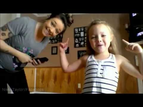 "Pregnant Mother & Adorable Daughter Dancing 'Silento Watch Me (Whip/Nae Nae)'  ""Cleaned SoundTrack"""