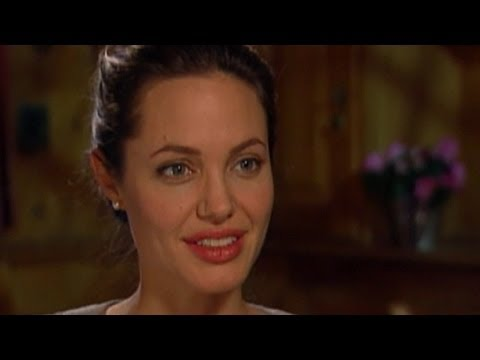 Inside Angelina Jolie's Double Mastectomy Decision
