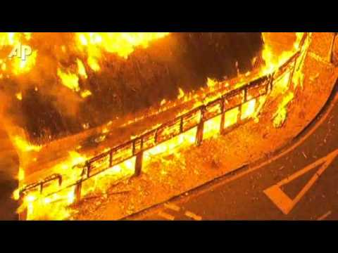 Raw Video: Fires Rage As London Riots Continue