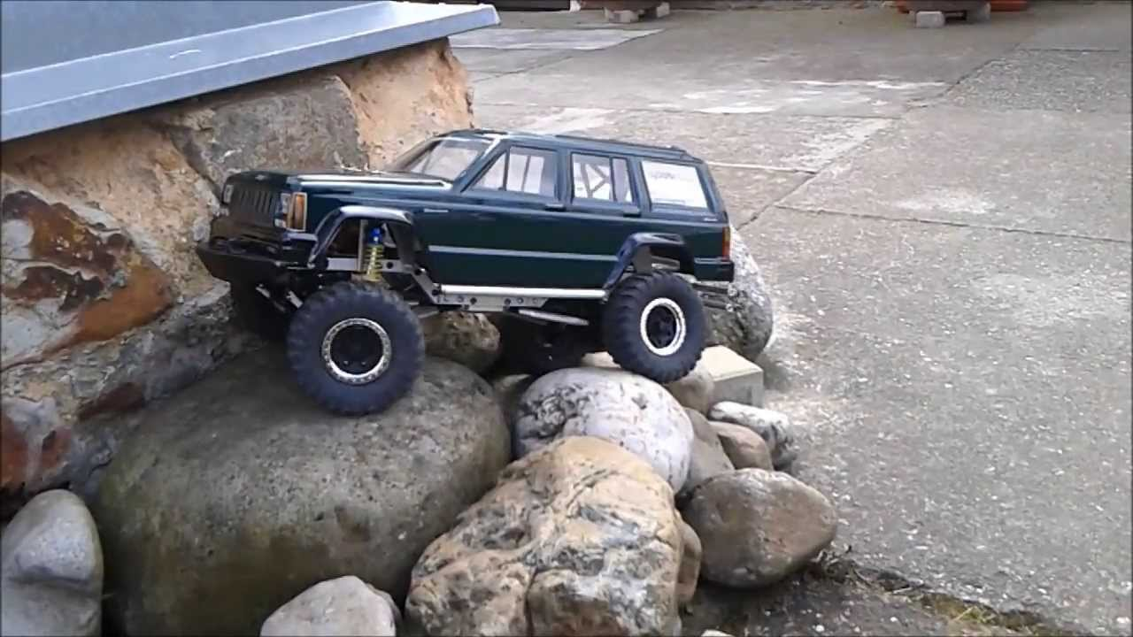 RC Jeep Cherokee rock crawler Cz - YouTube