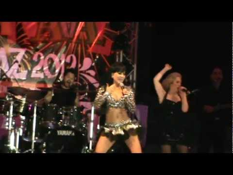 Maribel Guardia - La Vida Es Un Carnaval (Cover Celia Cruz)
