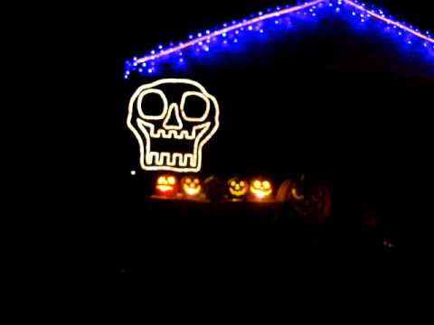 "Halloween Light Show 2011 ""Ghostbusters"""