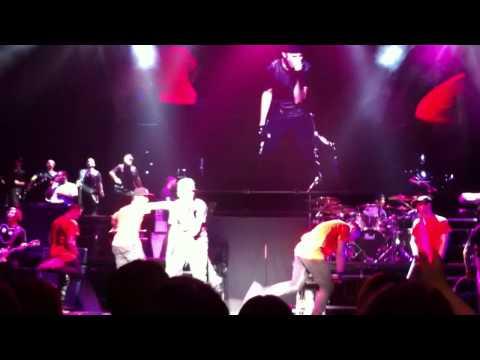 Justin Bieber My World Tour Tokyo part12 (Pray, Baby)