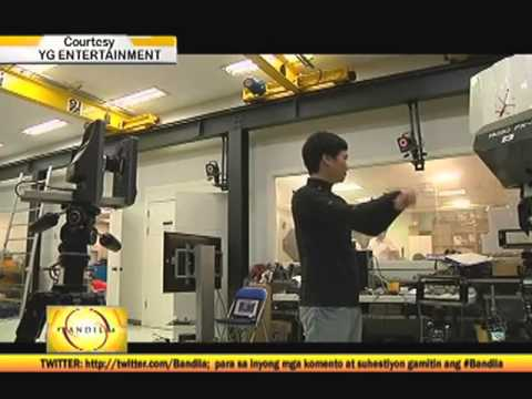 Robot in South Korea dances like Psy