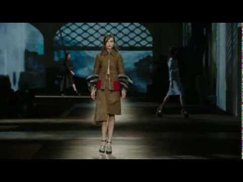 Prada Fall/Winter 2013 Womenswear Show #13